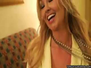 große brüste, nylon, blondine