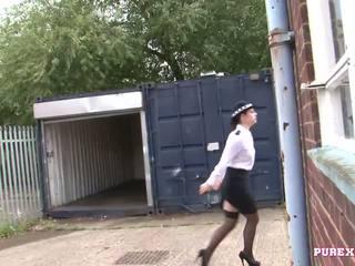 Pure xxx filmer knull en bystiga polis kvinna för nej fin