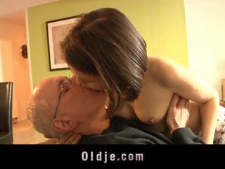 adoleshencë, kissing, babes