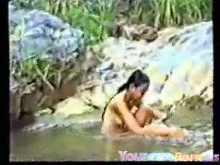 かわいい ベトナムの ティーン