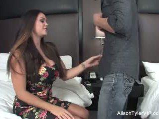 Alison tyler fucks її друг