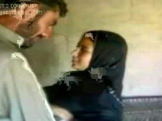 Kuuma arab tyttö 2