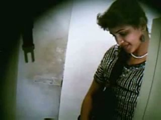 ইন্ডিয়ান কিশোর দম্পতি চোদা secretly মধ্যে net cafe অংশ 3