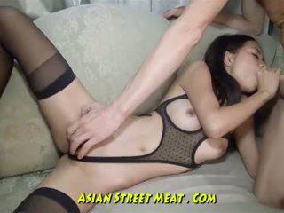 Ojo winking tailandesa anal bimbo