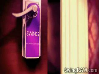 Seksual swinger couples have a weçerinka in xxx hakykat show