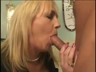 Anya és fiú