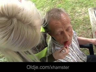 Baý old man sikiş his uly emjekli blondinka jana