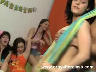 Bêbeda sexo orgia ação