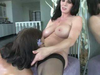 Ivy winters y rayveness cachonda lesbianas chicas llegar consolador sexo