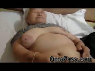 Πολύ γριά χοντρός/ή japanes γιαγιά γαμήσι έτσι σκληρά με ένας άνθρωπος βίντεο