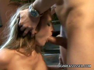 To boobed khiêu dâm mô hình abby rode