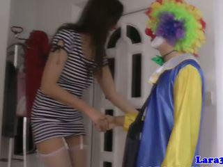 Britiškas ilgos kojinės milf cockriding klounas, porno 40