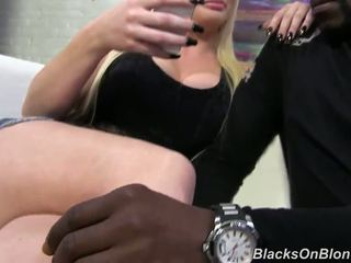 Fantastic Bombshell Alexis Ford Has Got Laid By Great Black Yonker