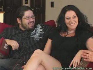 Slutty одружена жінка rides пеніс pov