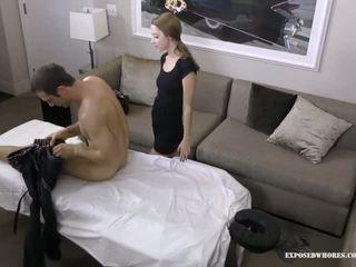Massagen hora lola jägare gets tur med henne klient han has en enormt kuk