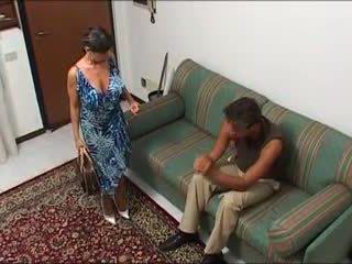 Une maman demonter par bir mec et bir fils