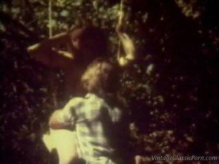 A love swing retro action