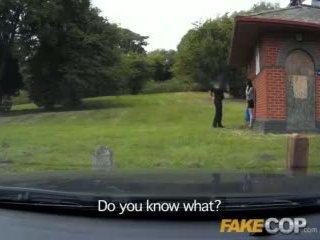 Fake polizist anal sex im die barn yard