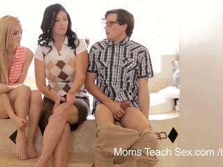 엄마 가르쳐 섹스