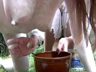 গর্ভবতী আবেশ ঈশ হয় চামচিকা milked
