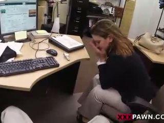 Foxy businesslady gets inpulit