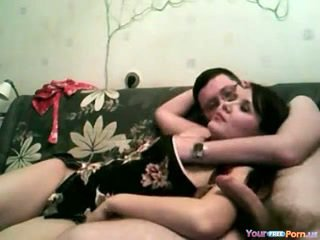 Borracha pareja sofá sexo