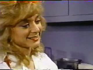 Nina hartley treats রোগী সঙ্গে পাছা