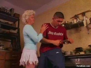 Quente avó effie loves anal