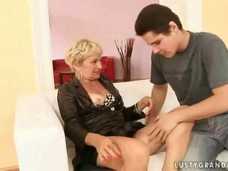 Grandmother porno kompilasi