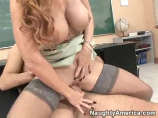 hardcore sex, redhead, krijgt haar kutje geneukt