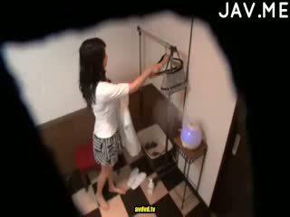 امرأة سمراء, اليابانية, بصاصة
