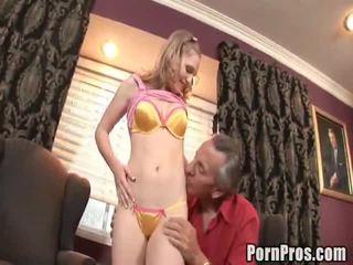 古い若いセックス, how to give her oral sex