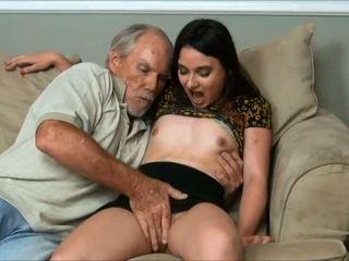 Amy faye - ich did ein sehr alt mann und papa fast erwischt uns