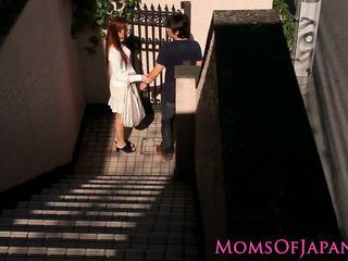 Japonez mama cheats și gets fata inpulit