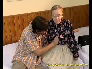 Estremo pelosa mamma needs profondo anale sesso, porno a6