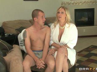 sarışınlar, büyük göğüsler, oral seks