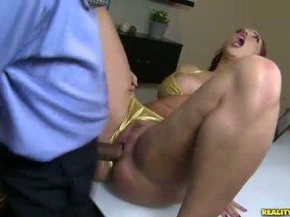 Kelly divine fucks uz bikini