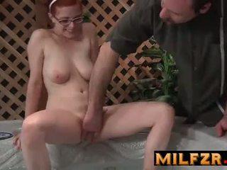 Papá gives sexo educación a hija