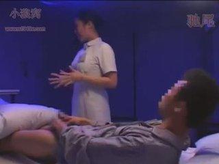 Dandy-078-cfnm noapte asistenta sees erect penis și jer