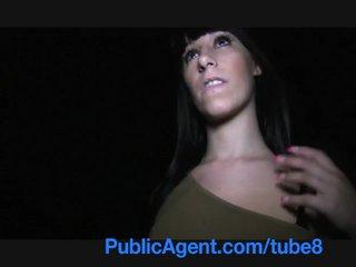 Publicagent española adolescente con gran tetitas y culo follando outdoors
