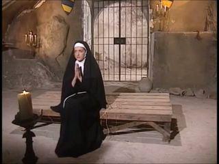 修道女 男と男の女性 ファック: フリー ハードコア ポルノの ビデオ 12