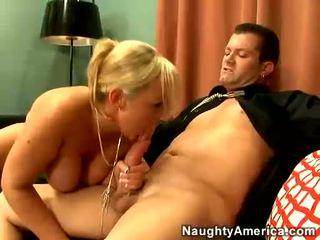 hardcore sex, kouření, ideální výstřik plný