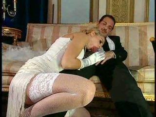 Ιταλικό ξανθός diva has glamorous σεξ
