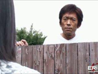 Valtava koekäytössä japanilainen tyttö seuraava ovi hanna tied ja tissi perseestä