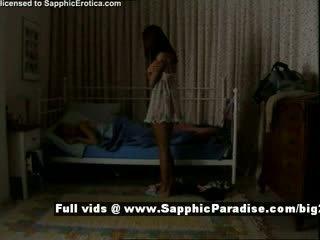 Delores এবং jo থেকে sapphic eroticalesbian মেয়েরা teasing