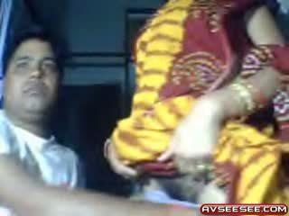 Min indisk kjæreste loves til vis henne fitte