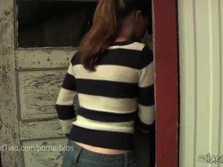 bruneta, mučení, bolestivý