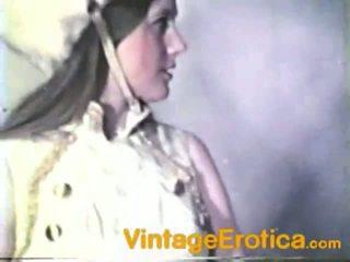 Παλιάς χρονολογίας λεσβία επίδοση γύρω κορίτσια μέσα band