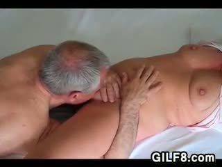 Γιαγιά licking grandmas μουνί