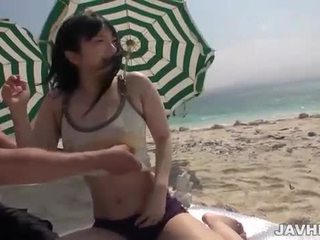 Hina maeda fucks επί ο παραλία